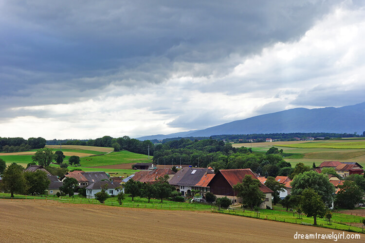 Landscape, somewhere between Lausanne and Bern
