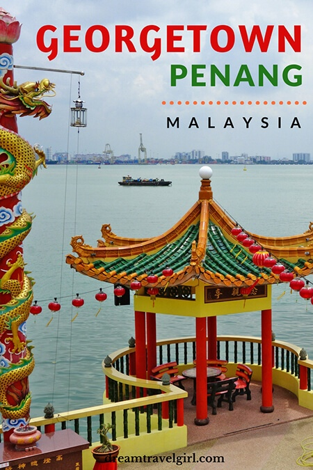 Georgetown in Penang: temples, street art and coconuts with sunglasses