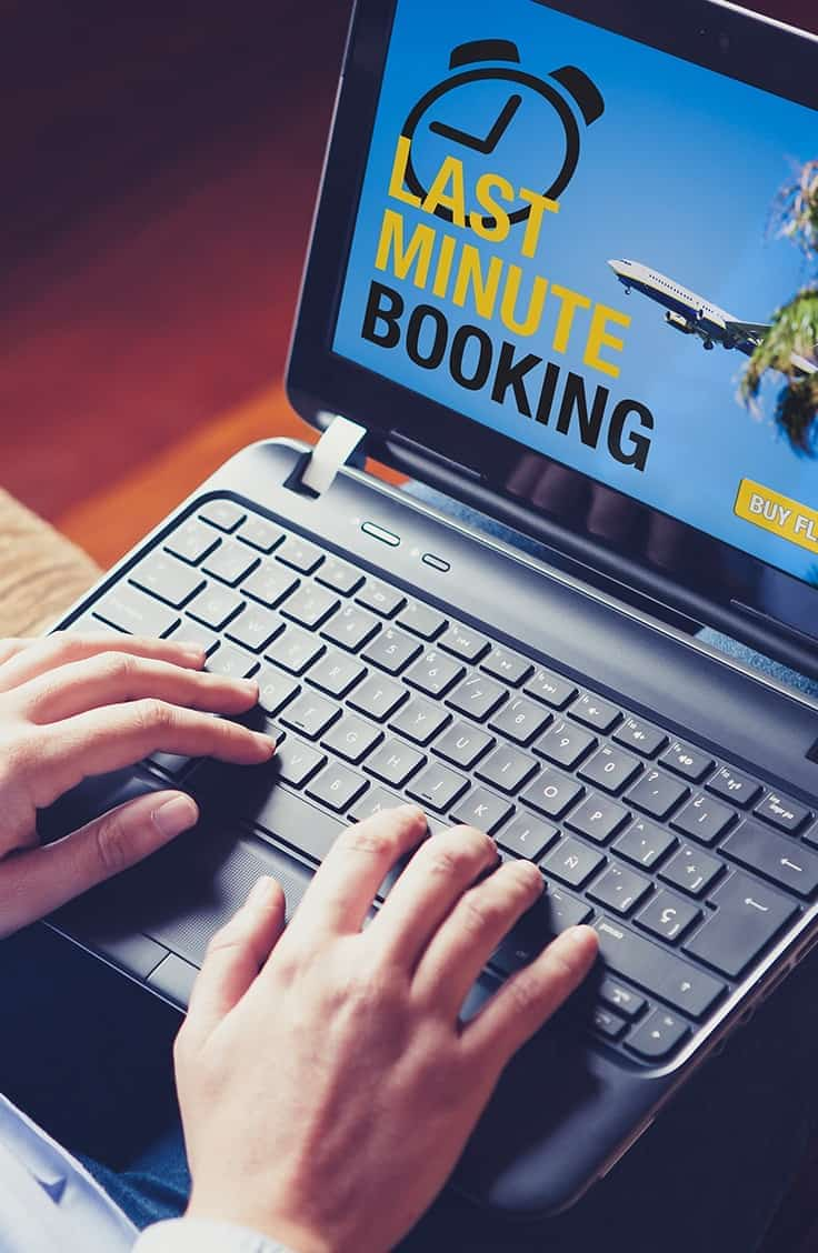 how to have a travel agency online