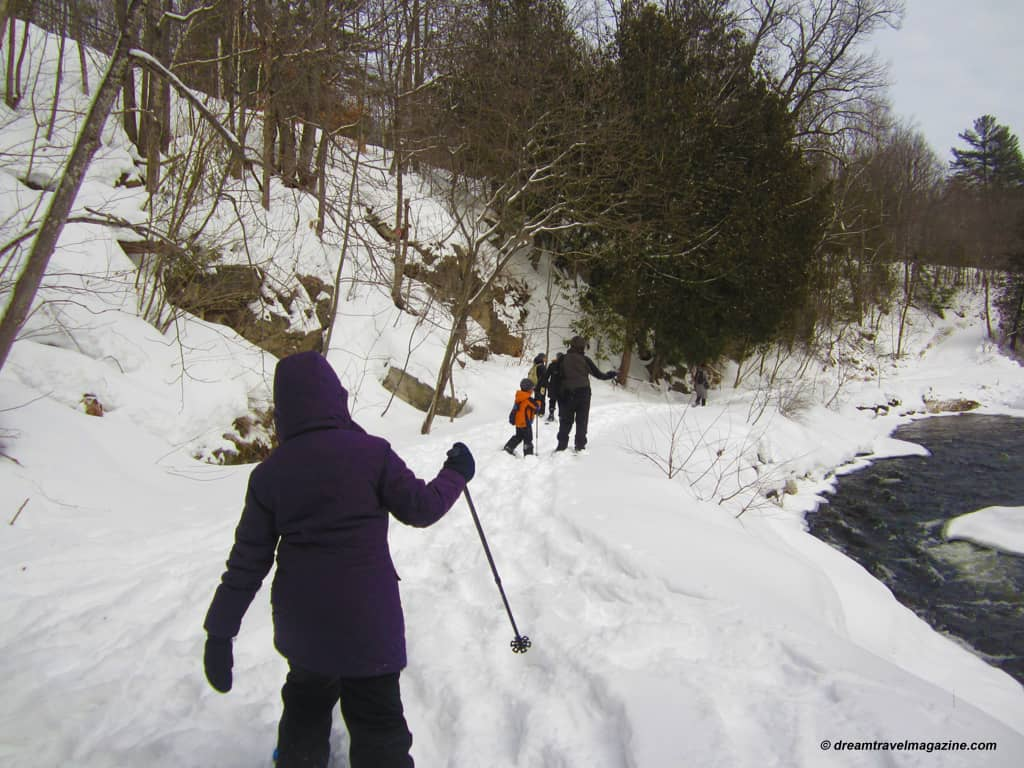 Yours Outdoors_Haliburton_snow shoeing_030214_05