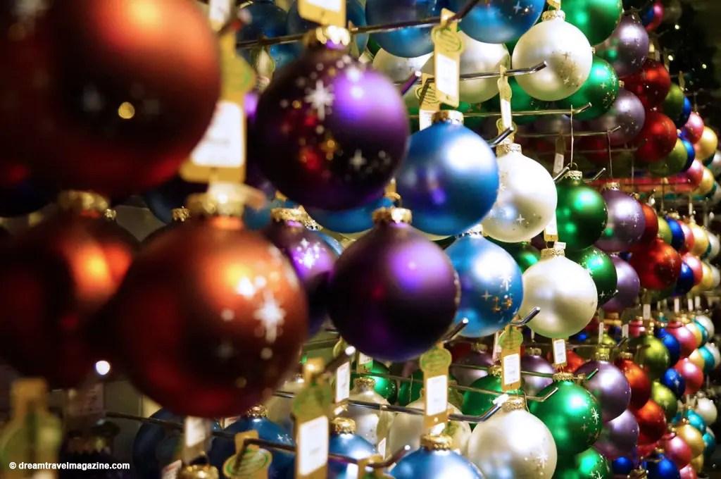 Bronners Christmas Wonderland-Michigan_dream-travel-magazine_10