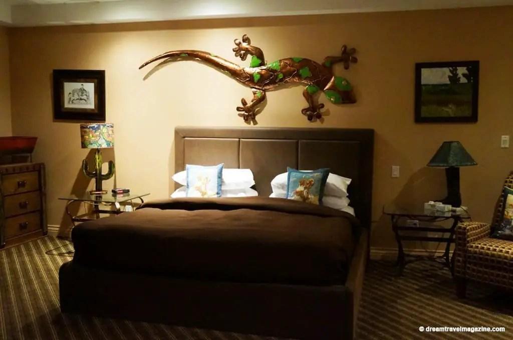 Ontario-Chatham-Retro-Suites-Hotel-review_06