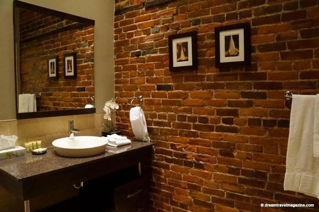 Ontario-Chatham-Retro-Suites-Hotel-review_21