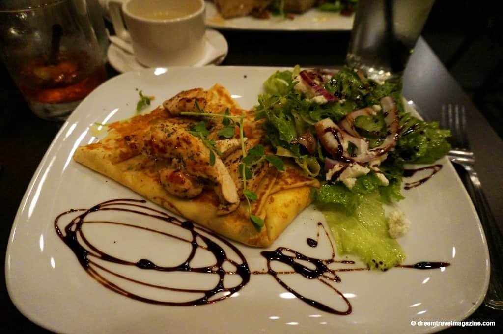 review-the-nook-creperie-restaurant-pembroke-ontario-03