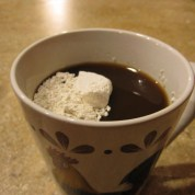 diatomaceous-earth-in-coffee