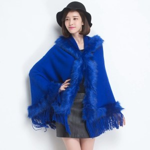 Winter 2017 new arrival fashionable  sweater poncho.