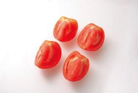 トマト4つ割り