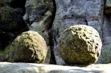 Ausflugsziel Bastei und Felsenburg Neurathen in der Sächsischen Schweiz Steinkugeln