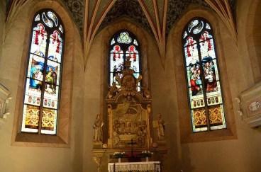 Kirchenfenster und Altar Burg Stolpen