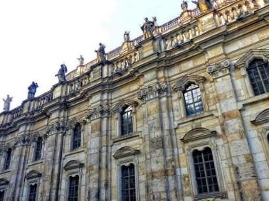 Hofkirche Seitenansicht außen