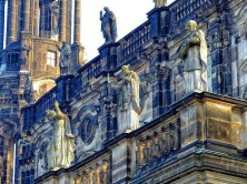 Skulpturen auf Hofkirche Dresden