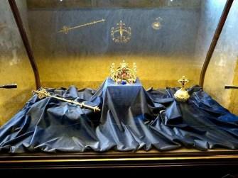 Zeptar Reichsapfel Krone Gold Vitrine
