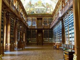 Bücherei Wandgemälde Halle