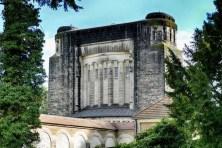 Großes Gebäude Urnenhain Tolkewitz Krematorium