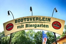 Bootsverleih im Biergarten