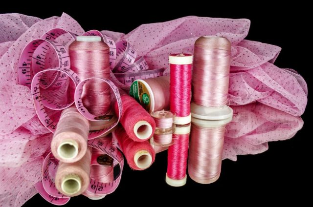 sewing-1229709