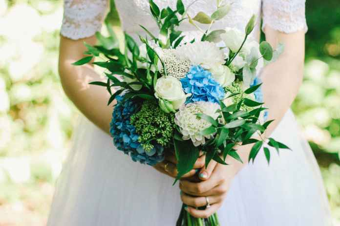 The DOs and DON'Ts of Choosing Your Dress and Wedding Menu