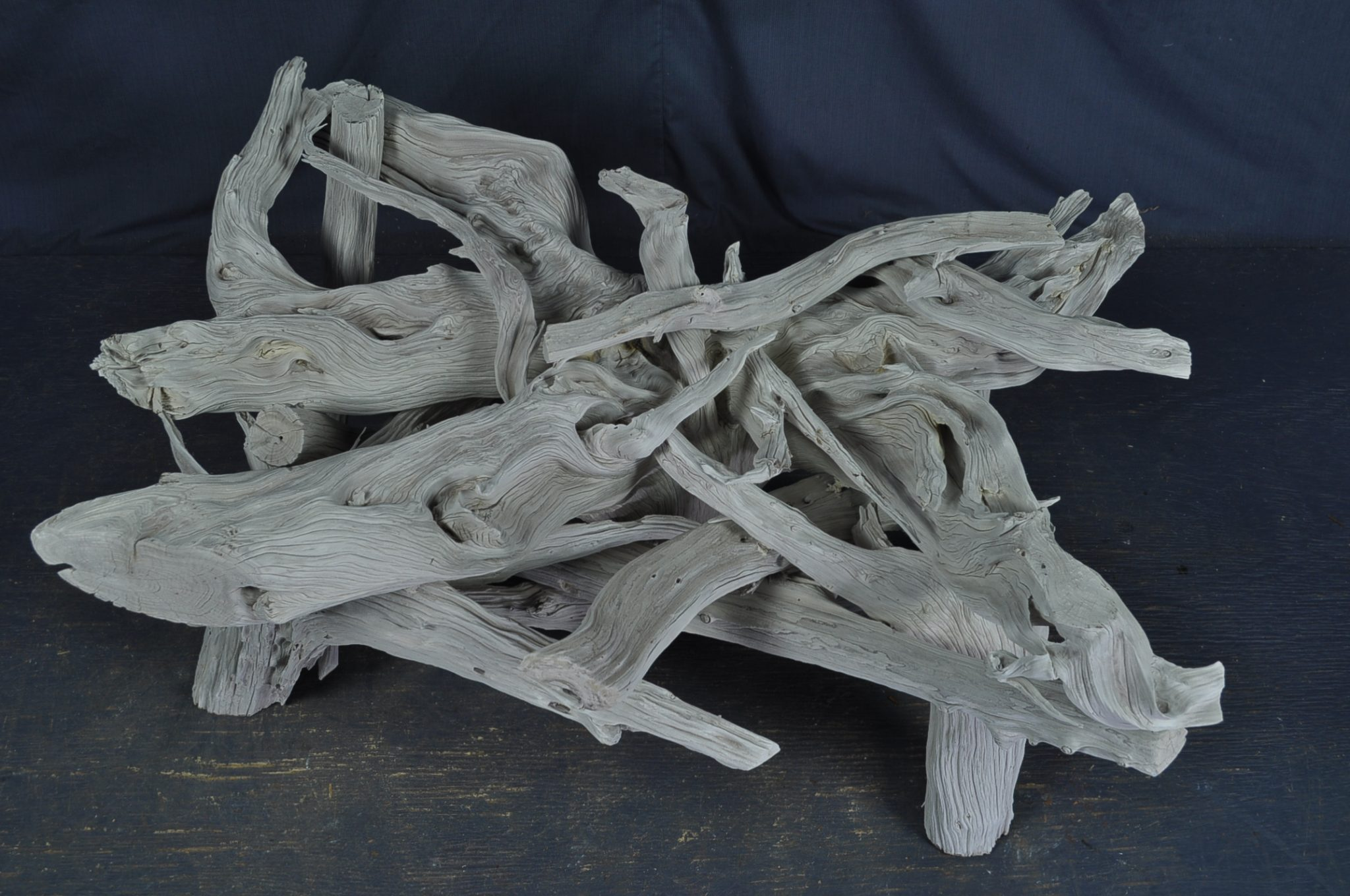 A driftwood table & the different color possibilities