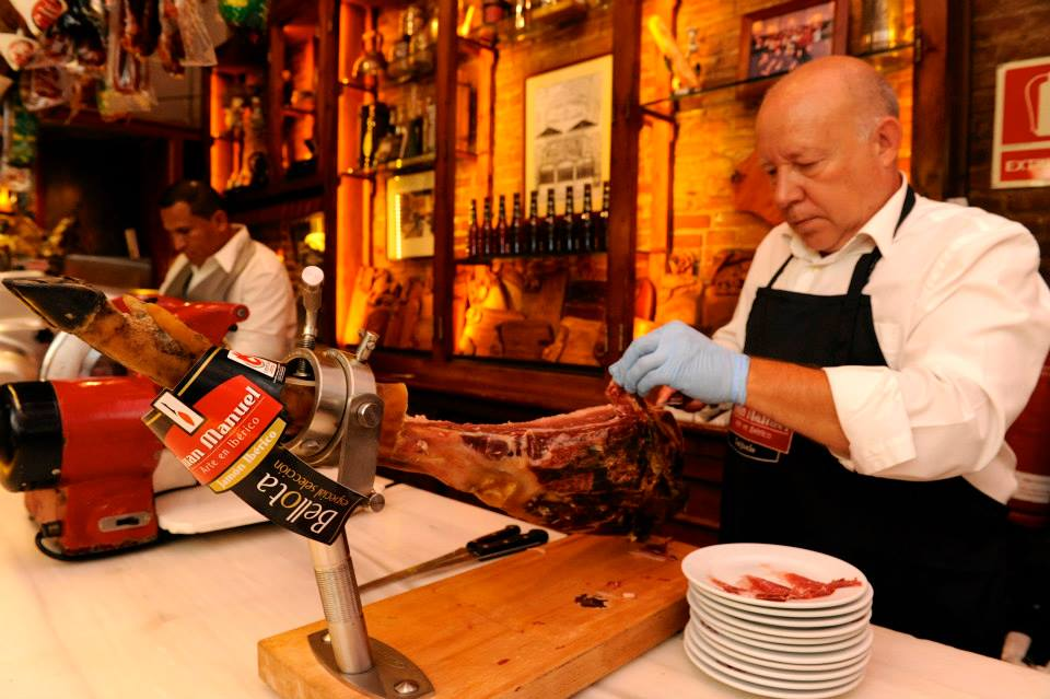 Best Places to Eat Breakfast Lunch and Dinner in Barcelona  Driftwood Journals