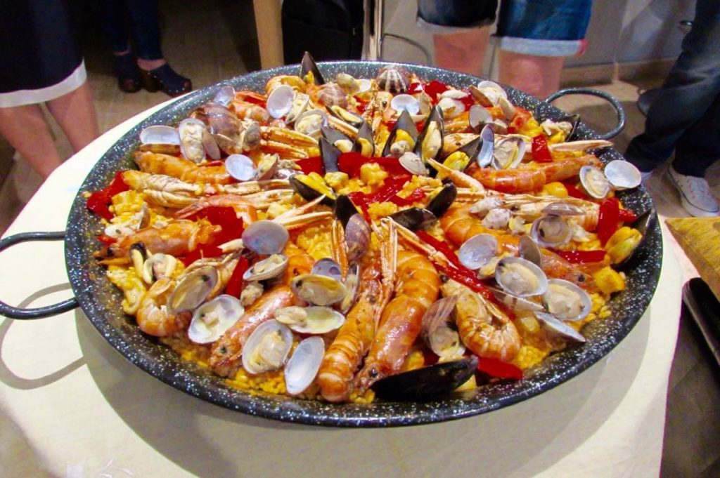 Teresas picture-perfect homemade paella Teresas picture-perfect homemade paella