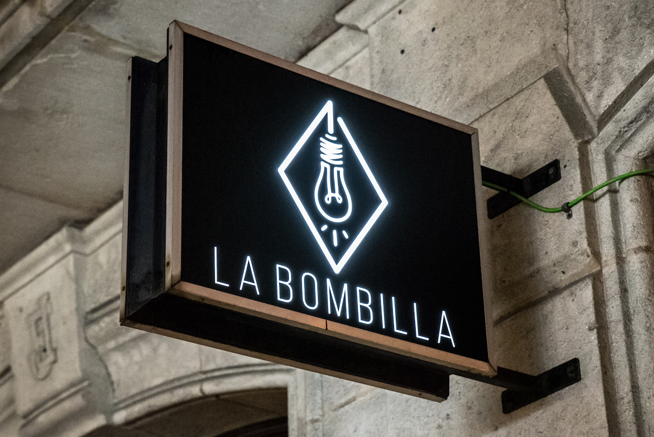 La Bombilla Cocktail Bar, Sant Antoni, Barcelona – Carrer de Manso, 13, 08015 - by Ben Holbrook