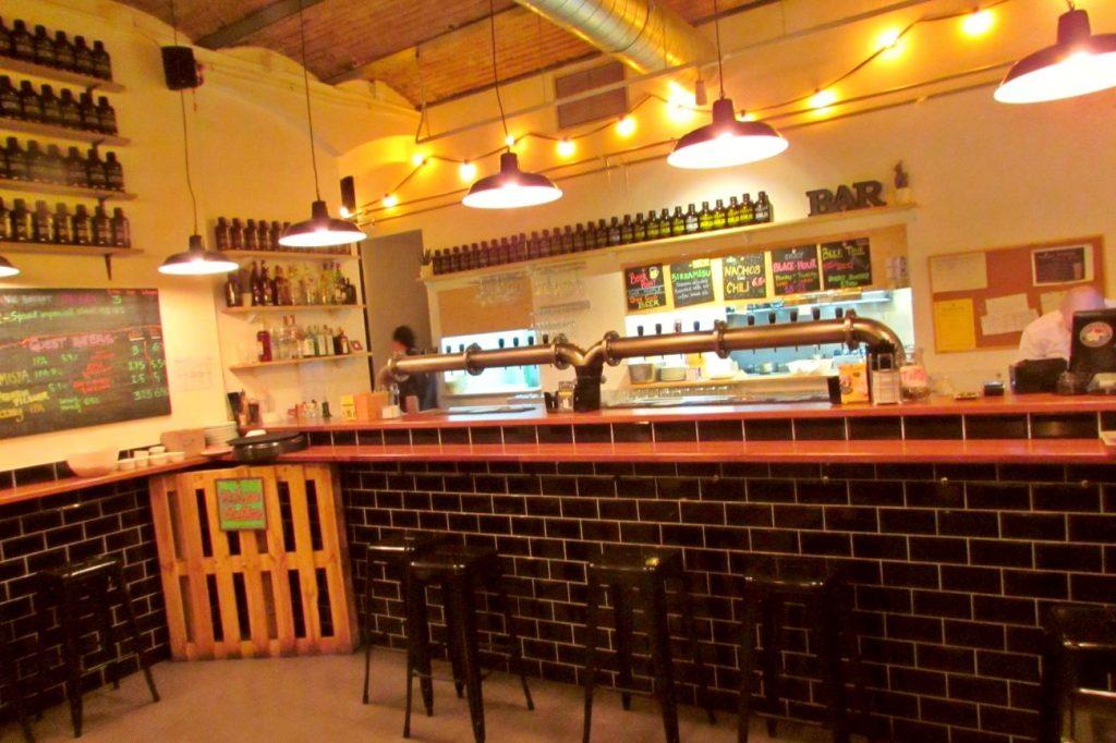 BlackLab Craft Beer Pub in Barceloneta Barcelona