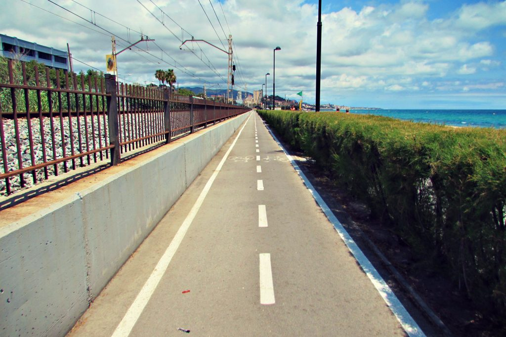 The yellow brick road - Cycling along the coast from Barcelona to Badalona and Mataro