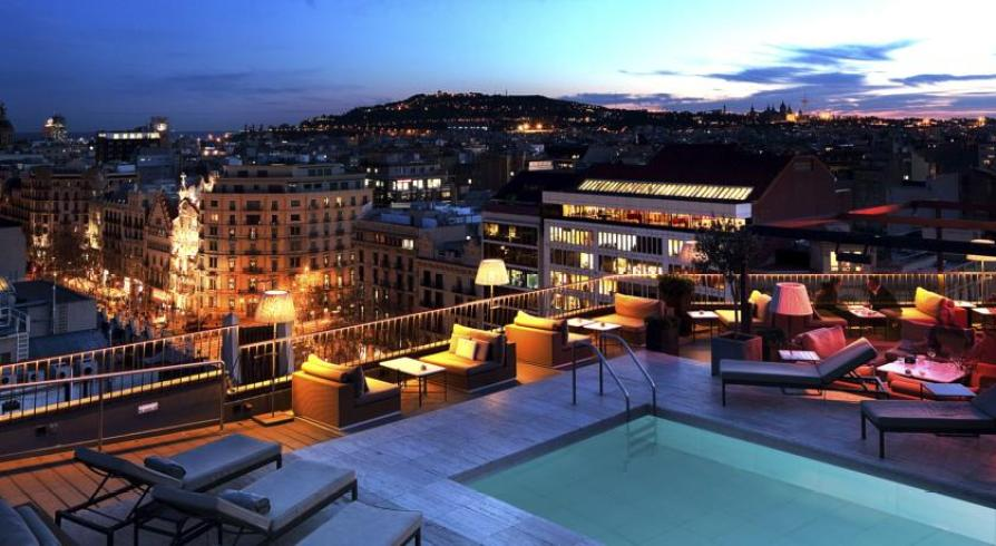 Majestic Hotel ~ Romance and luxury for couples on the trendy Passeig de Gracia in Barcelona Rooftop Swimming Pool
