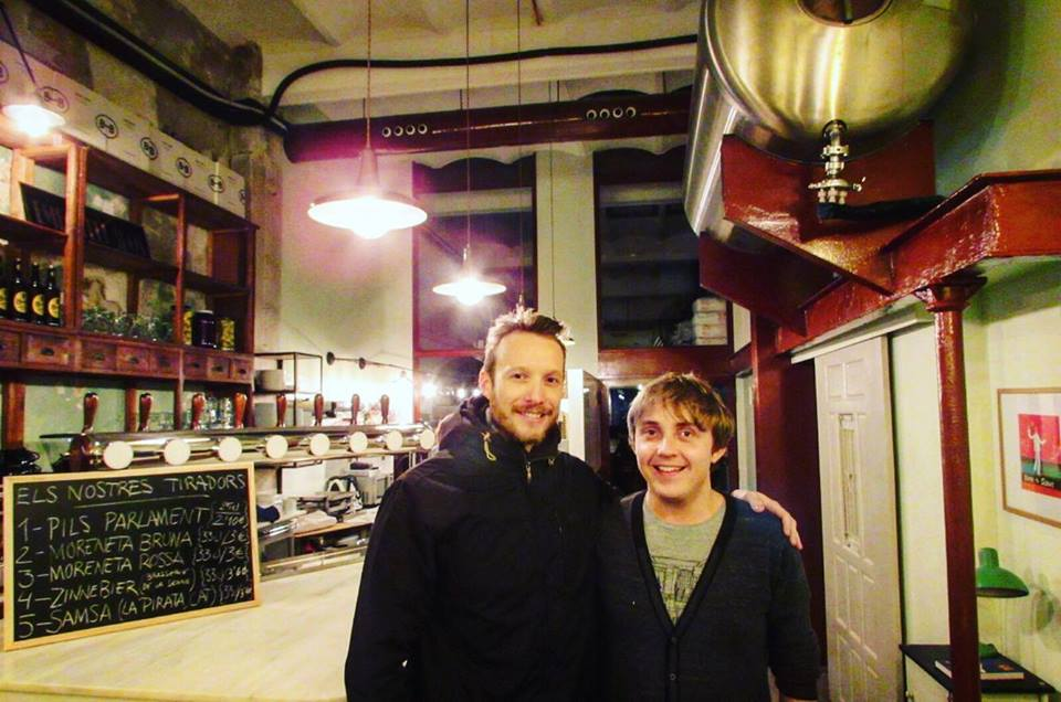 Ben Holbrook from DriftwoodJournals and Alex from Alex from Barna-Brew Brewpub Sant Antoni, Barcelona Brewpub