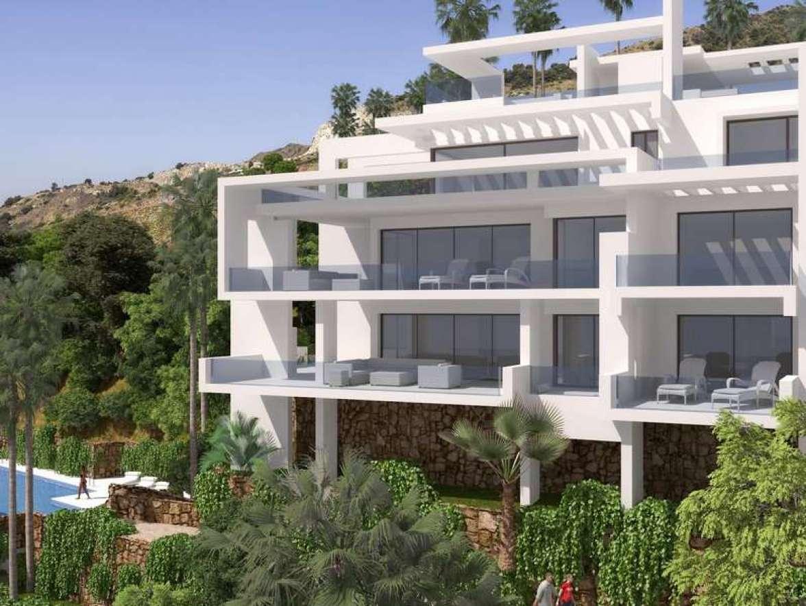 buy-a-holiday-villa-costa-del-sol (1)