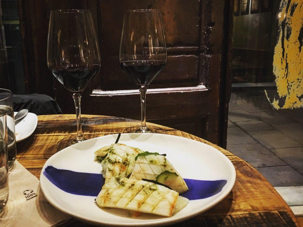 Cometa Pla Barcelona: Creative Tapas & Biodynamic Wines in the Gothic Quarter