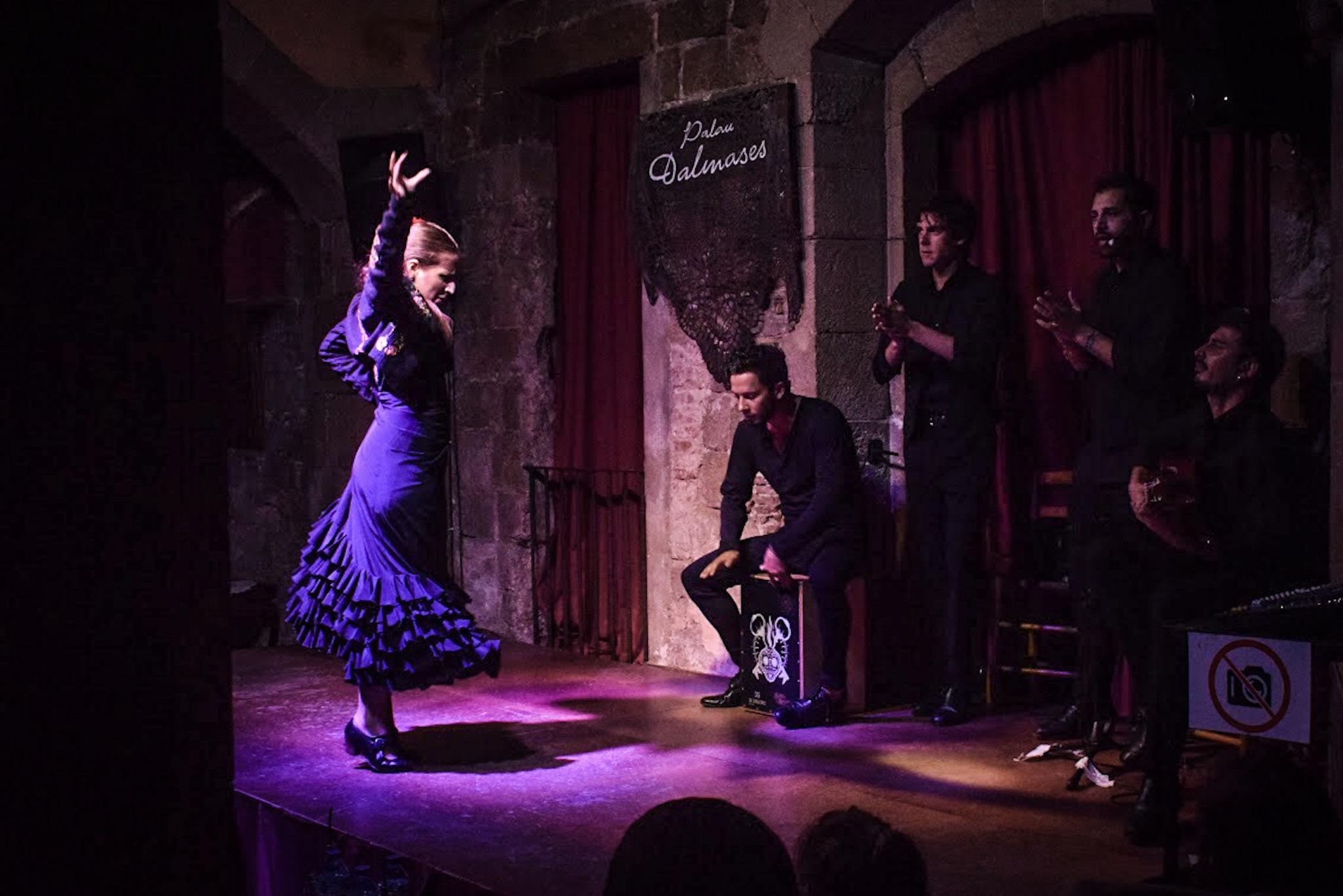 Palau Dalmases Flamenco Show Barcelona - by Ben Holbrook