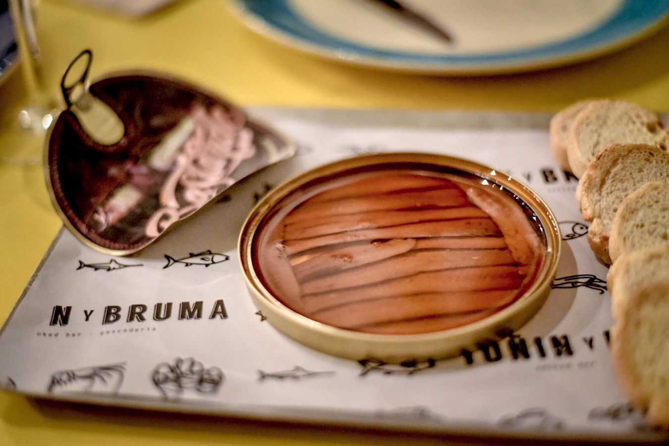 Eating the best gourmet Cantabrian anchovies at Toñin y Bruma in Santander.