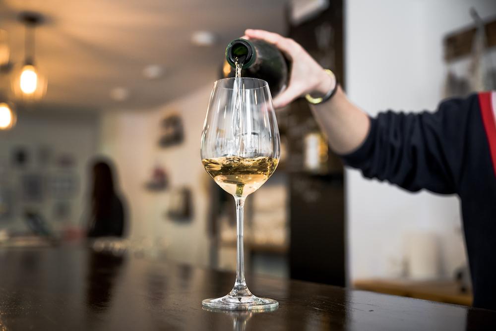 Best Wine Bars, Bodegas & Tastings in Barcelona ~ ¡Salud ...