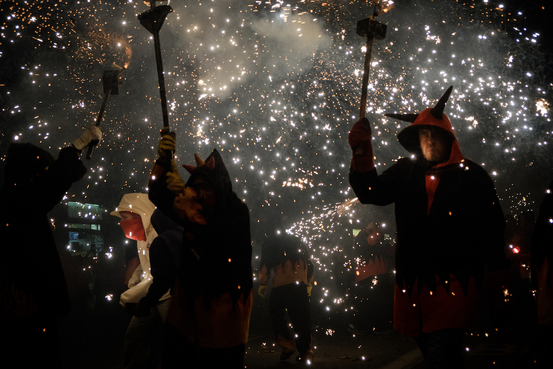 La Merce Correfoc Fire Run Devils with Fire on Via Laietana - by Ben Holbrook from DriftwoodJournals.com