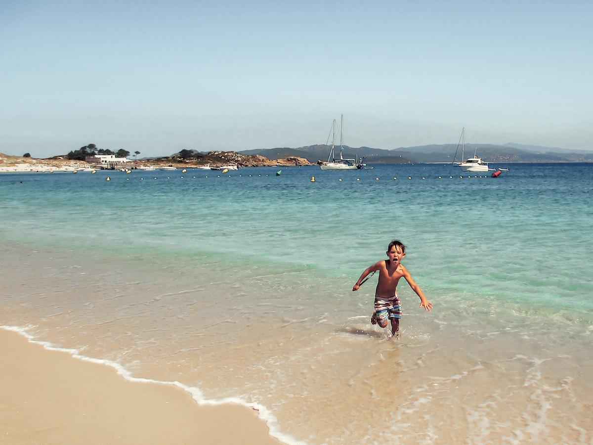 Cies Islands, just off the coast of Vigo, Galicia - by Ben Holbrook