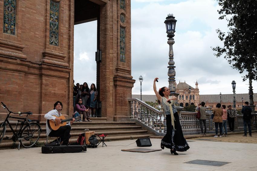 Free Flamenco Show in Seville - Plaza Esaña