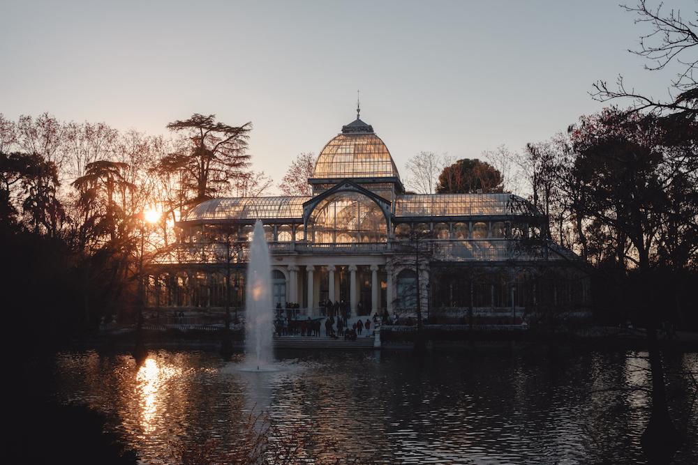 Palacio De Cristal / Crystal Palace Retiro Park Madrid Spain