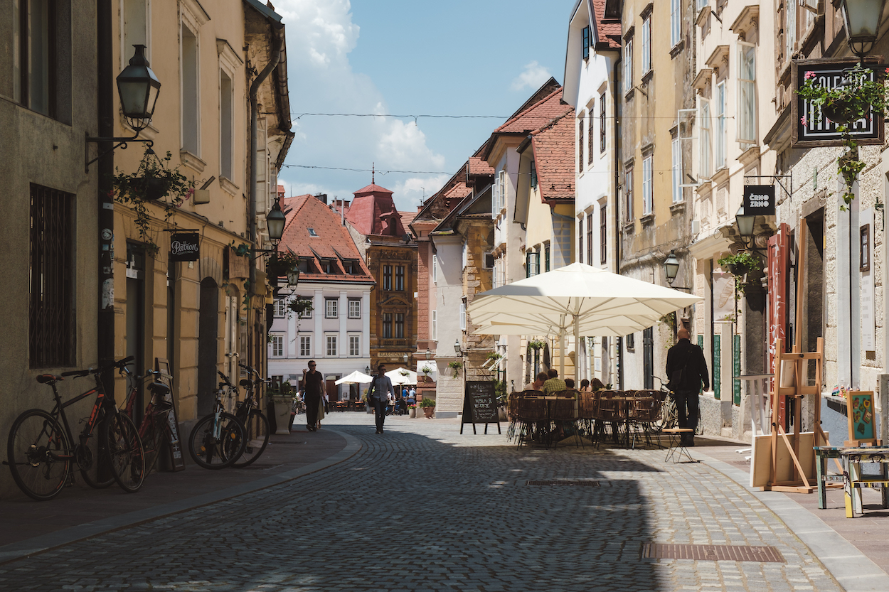 But although it may be tempting to while away your days ambling from cafe to cafe, there's plenty to keep you entertained for at least 5 days or a week. So here it is, your convivial guide to the best things to do in Ljubljana!