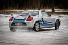 Johan Eklund kom och rasta sin Toyota MR2. Foto: Henrik Andersson