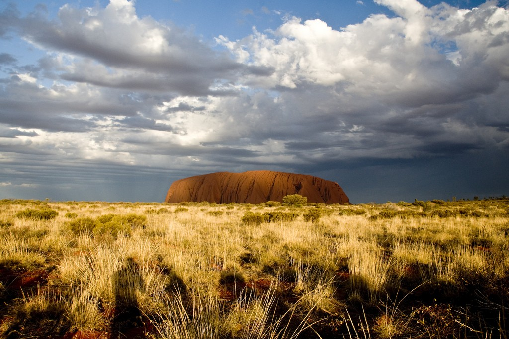 Uluru/Ayres Rock. Photo by Sjoerd van Oosten via Flickr CC
