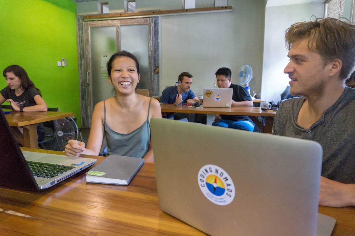 Work and Travel Abroad: Learn to Code Online and Become a Traveling