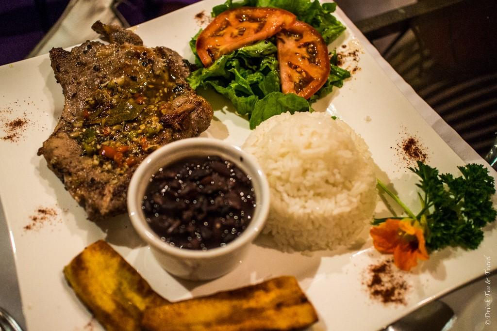 Costa Rican Food: Costa Rican Casado at a Western Restaurant