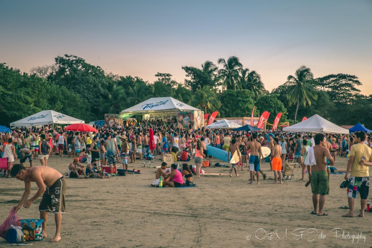 Costa Rica travel tips: Busy day on Tamarindo Beach, Guanacaste. Costa Rica