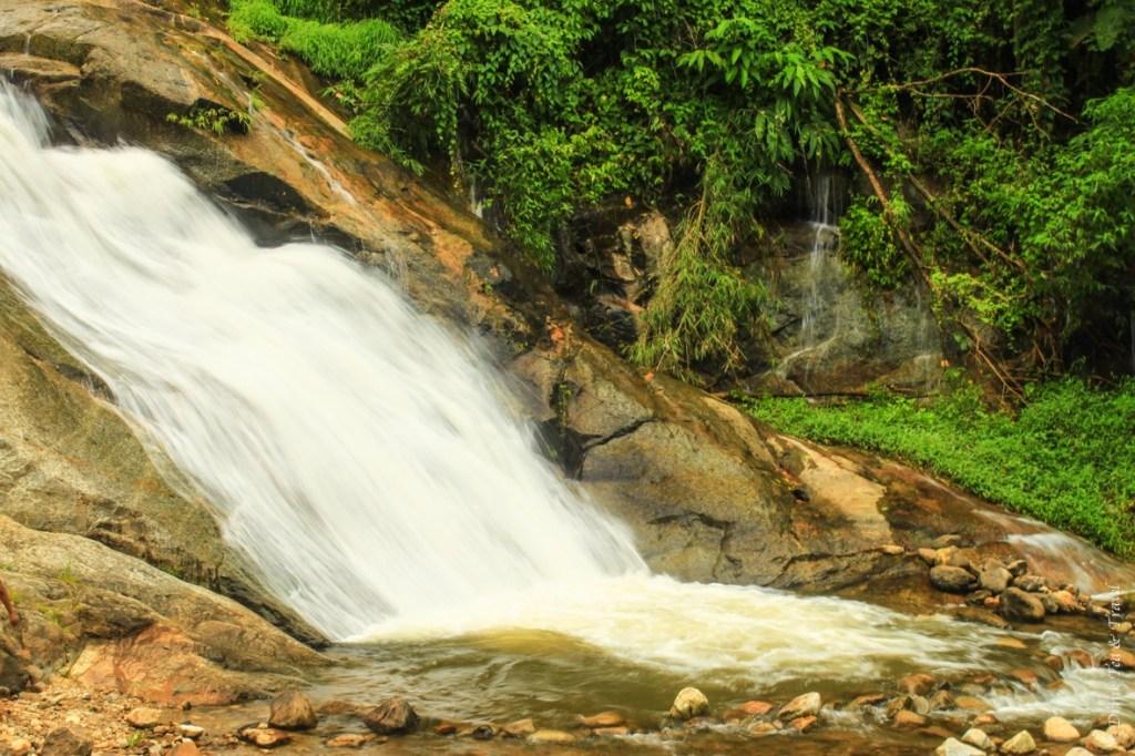 Mhor Pang Waterfall, Pai