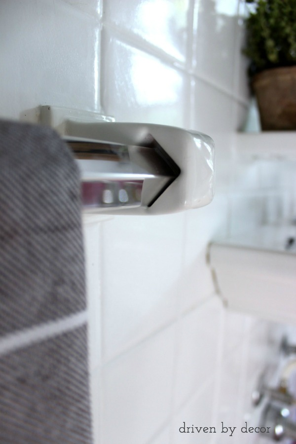towel bar with fixed ceramic ends