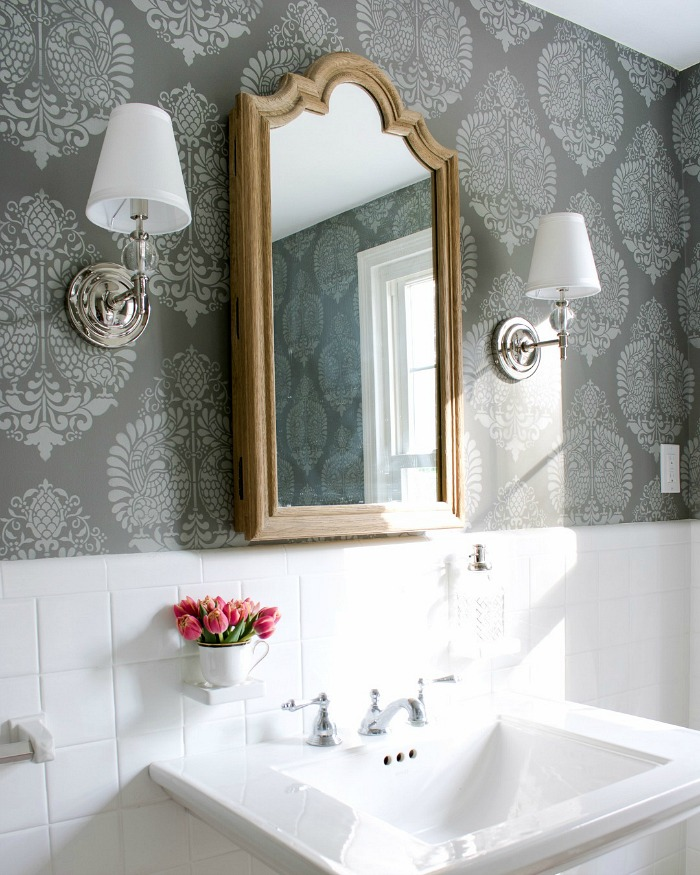 Decorating a Small Bathroom Ideas  Inspiration for