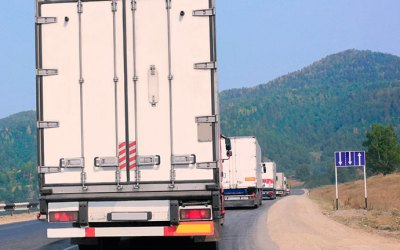 Could Truck Platooning be a Revolutionary Technology for the World's Highways?