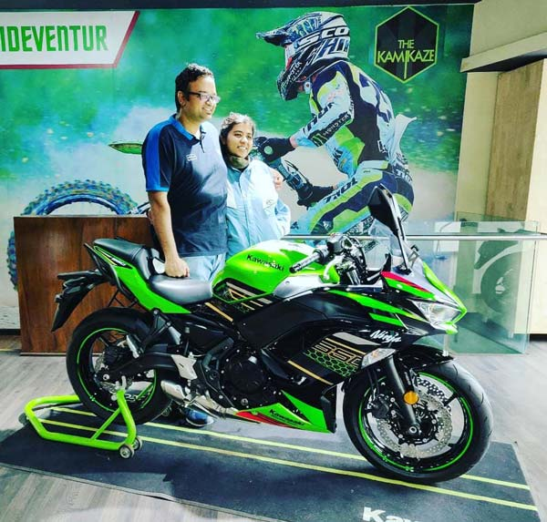 2020 Kawasaki Ninja 650 BS6 Deliveries Begin In India: First Customers In Bangalore Receive Keys To their New Superbikes