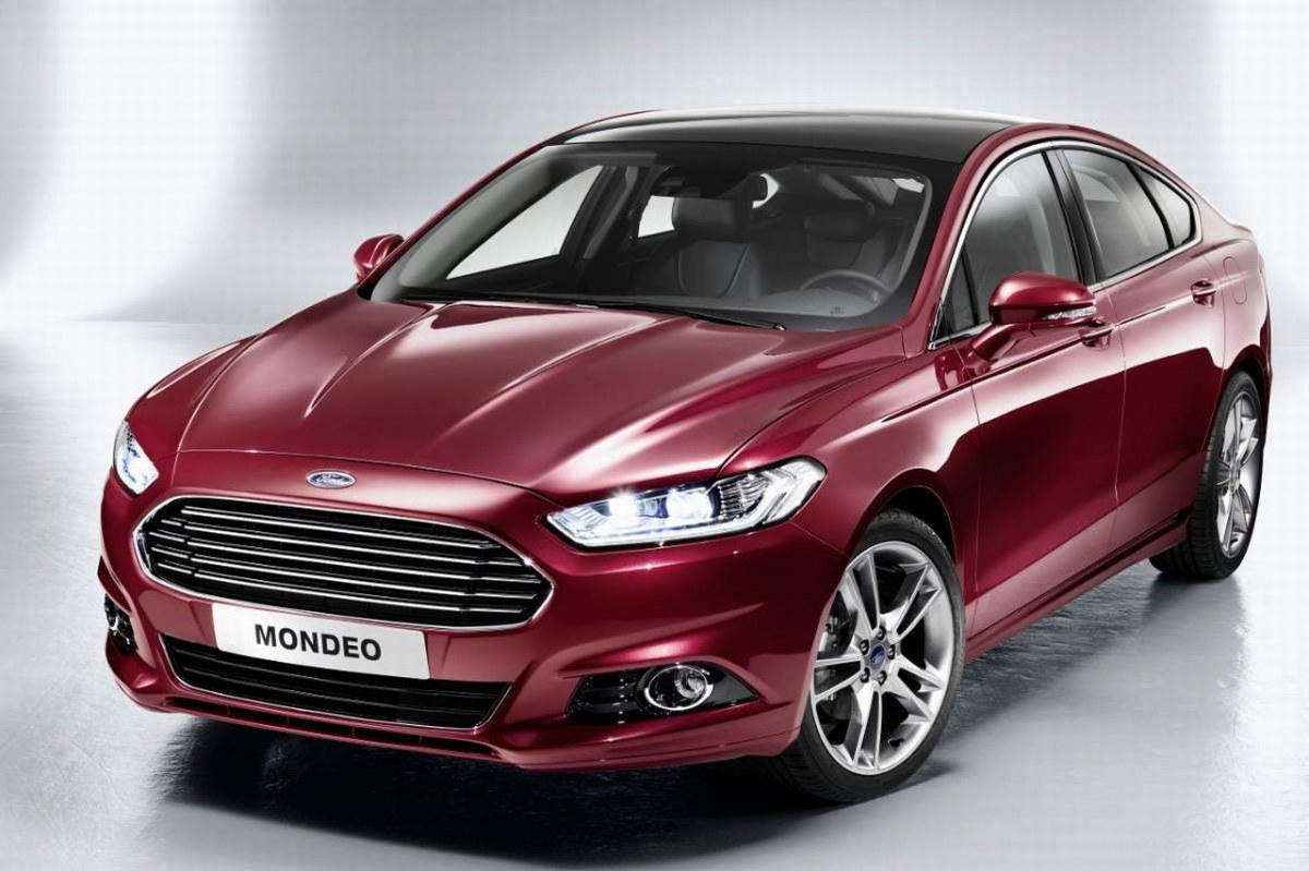 Ford_Mondeo_2012_04